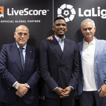 javier_tebas_samuel_etoo_jose_mourinho_at_livescore_laligas_global_partnership_launch